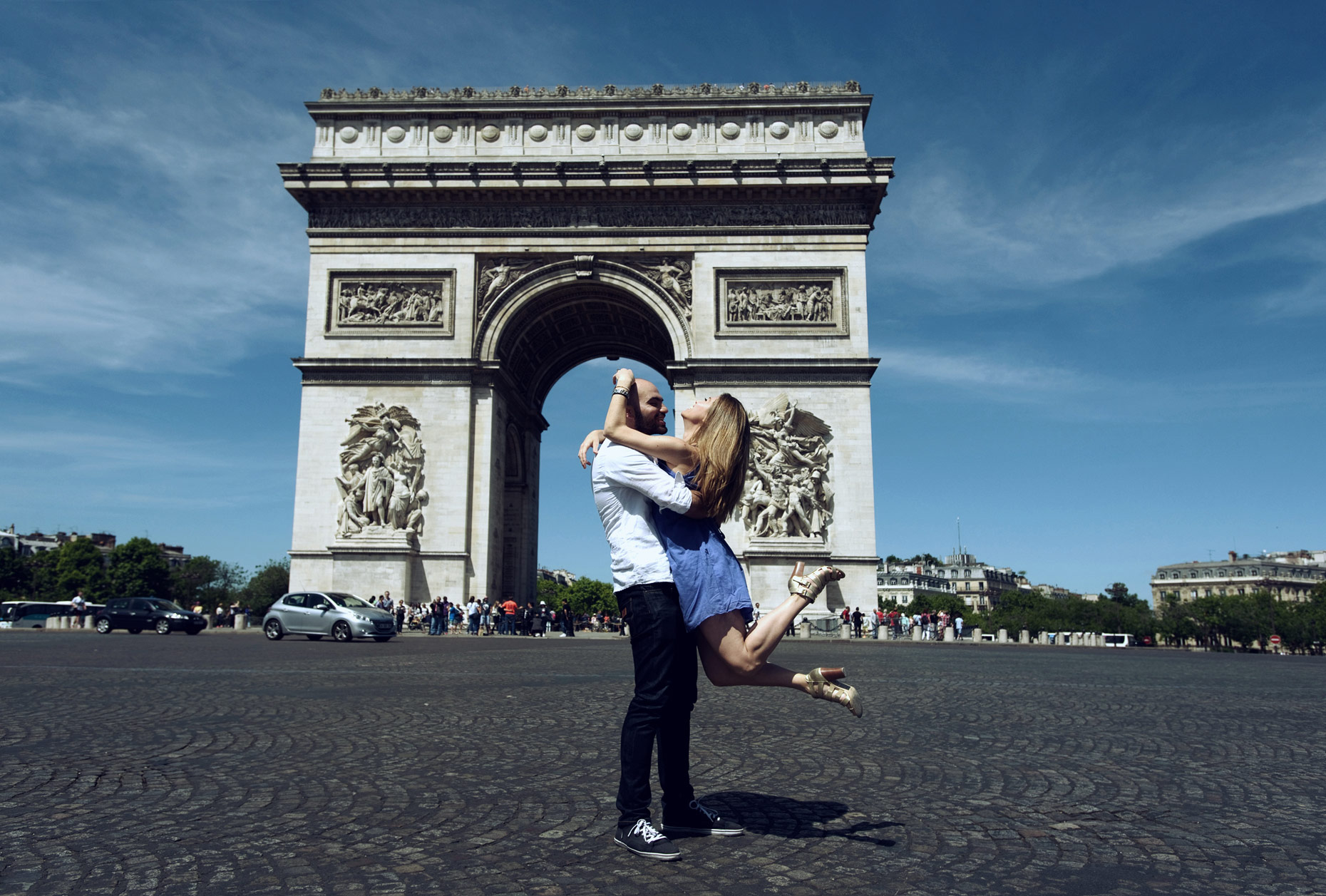 engagement shoot in paris